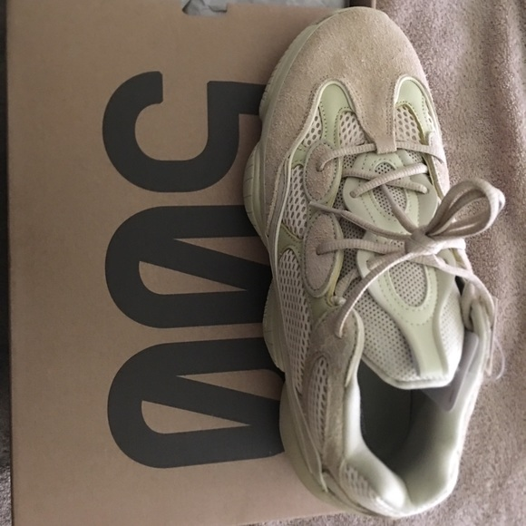 lowest price 79274 5fe22 Yeezy 500 super moon yellow size 10.5 NWT